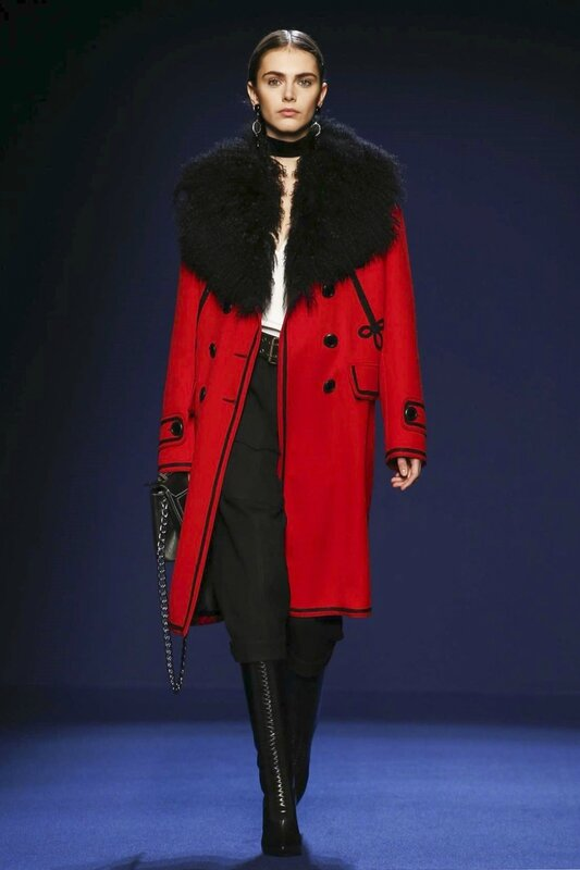 Andrew-GN-Ready-To-Wear-Fall-Winter-2016-Paris-2233-1457114349-bigthumb