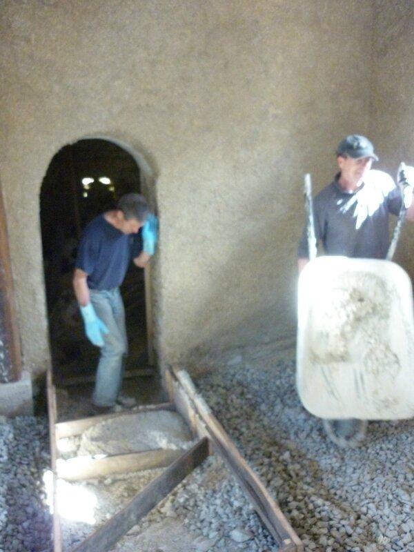 Renover une maison - longère - chaux chanvre projetté - rattrapge thermique - isolation mur - matériaux écologique (2)