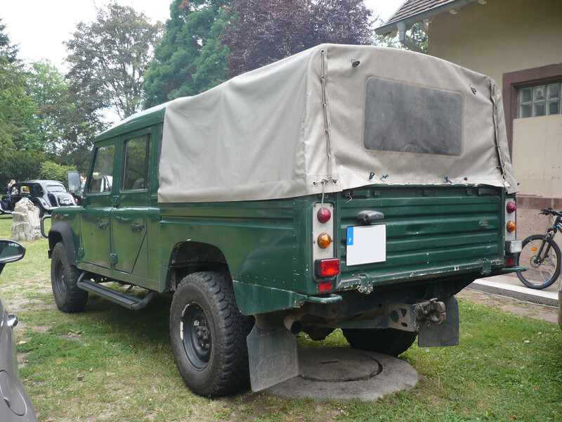 LAND ROVER Defender 130 Td5 double cabine 1999 Woerth (2)