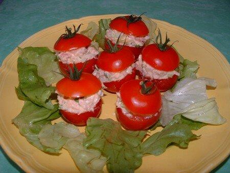 Tomates_cocktail_au_thon