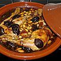 Tajine poulet pruneaux amandes