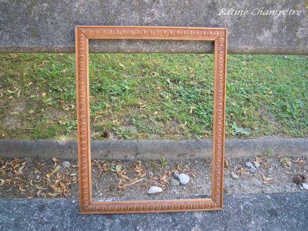 petit cadre bois sculpté