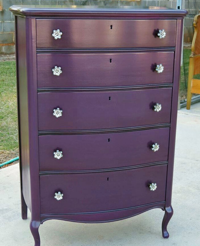 scd-general-finishes-milk-paint-evening-plum-lamp-black-chrissies-collection-20140512