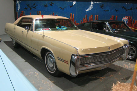 Chrysler_Imperial_1972_01