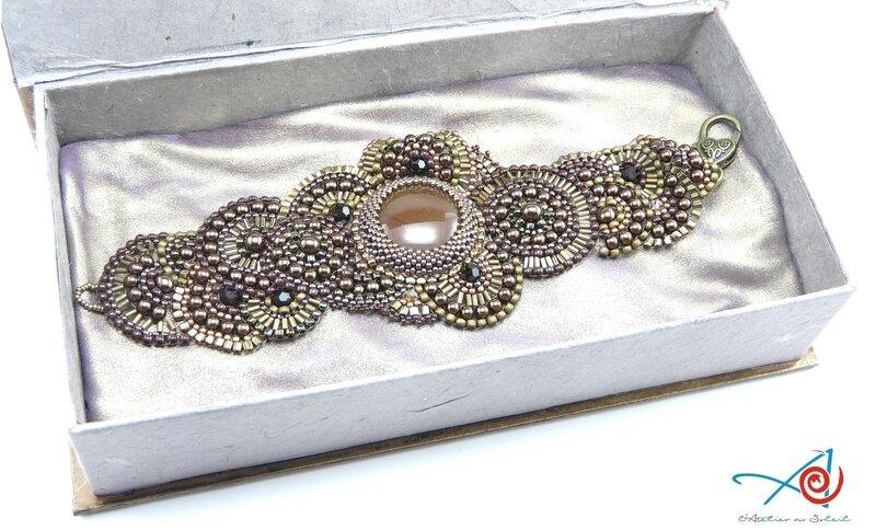 Ecrin avec bracelet (Copier)