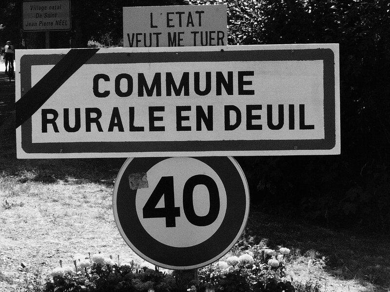 commune rurale en deuil Sainte-Catherine (69)105318189