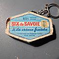 Un porte-clés six de savoie amusant et original ! un cadeau publicitaire vintage...