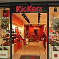 Vitrine Kickers Paris