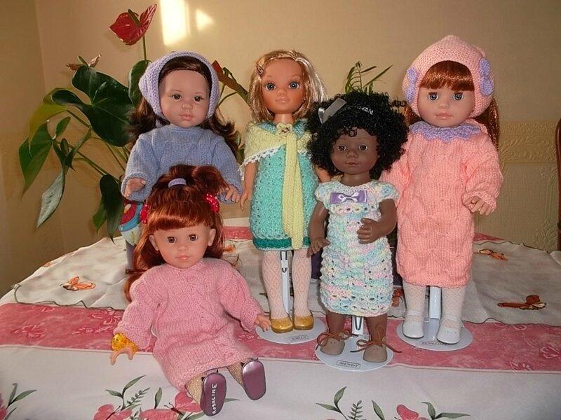 Angy, Emily,Mendy, Pénélope & Rosaline ont changer de place