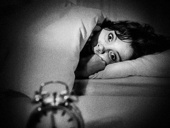 HISTOIRE CREEPY / Paralysie du sommeil ou véritable hantise ?