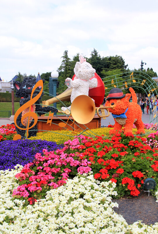 Disneyland_fleurs_aristochats