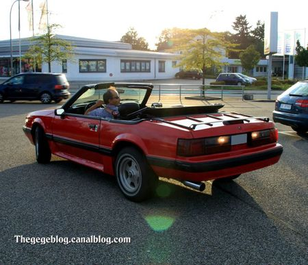 Ford mustang III convertible(Rencard Burger King septembre 2011) 02