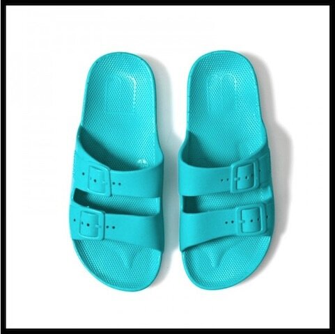 moses gum slippers 2