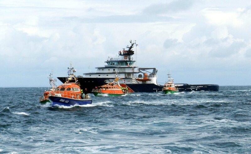 Baptême et bénédiction du canot Olivaux - parade nautique du 29 avril 2016 - 19