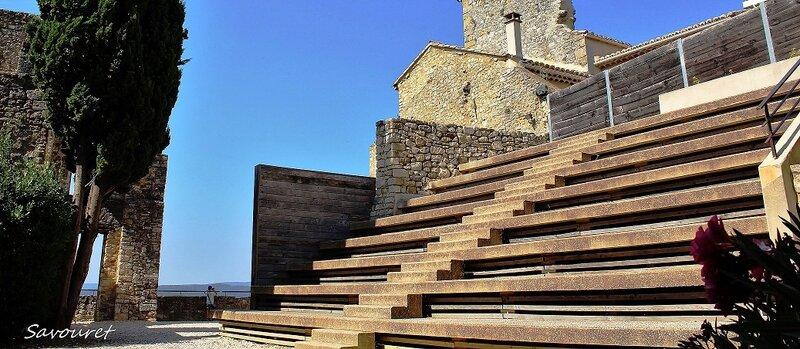 Cornillon_chateau_cours