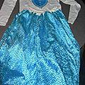 La robe bleue...