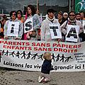 70 p - Rassemblement contre l'expulsion de familles en Albanie