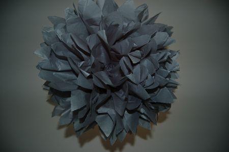 boule de papier grise