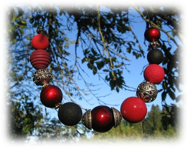 collier_boules_rouge