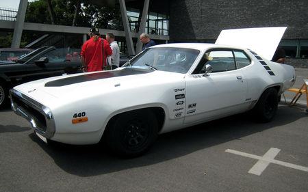 Plymouth_satellite_coupe_de_1971_02