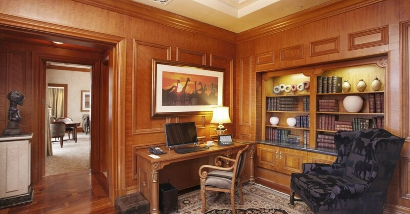 palace-king-suite-study-5059