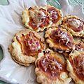 Feuilletes a la tapenade et mini pizzas au jambon