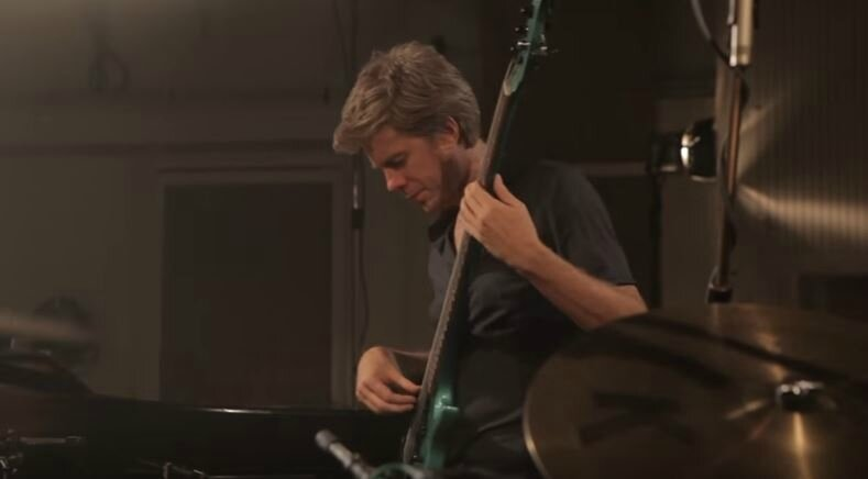 Kyle Eastwood - The Promise - Screenshot Youtube