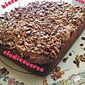 Gâteau aux poies, noisettes torréfiées et pralinoise 082