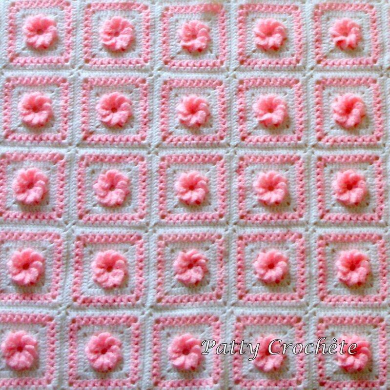 couverture-bebe-fleur-rose