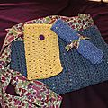 pochette crochet bleu et Liberty 8