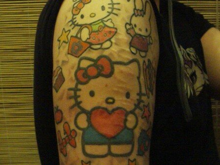 hello_kitty_tattoo_heart