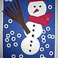 Bonhomme de neige - petit collage d'hiver avec des disques démaquillants