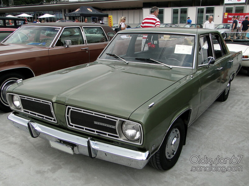 plymouth-valiant-signet-sedan-1968-01
