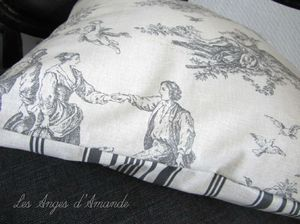 coussin toile jouy