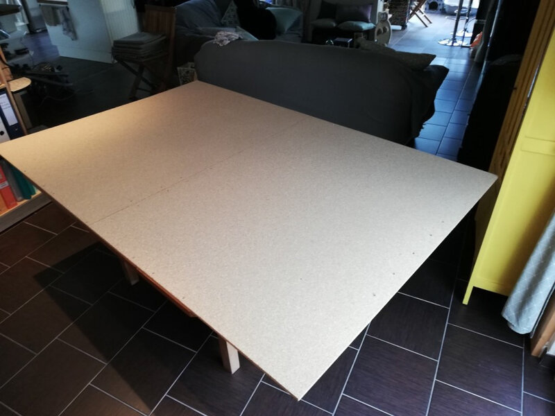 TABLE PLANCHE