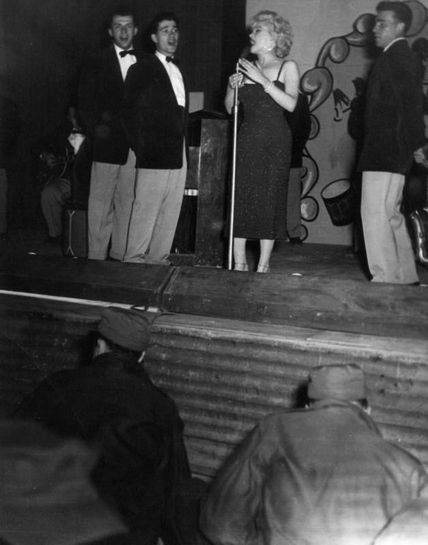 1954-02-19-korea_daegu-inside-stage-011-2