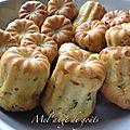 Cannelés salés basilic parmesan pignons de pin