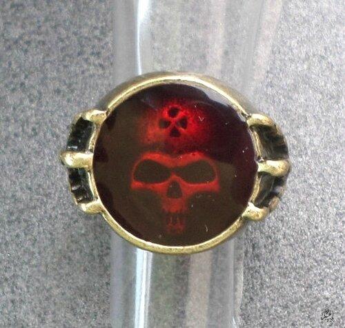 Bague Tête de Mort Griffe Gothique Rock Punk Email Rouge Translucide Métal Couleur Bronze Unisexe T 53-54