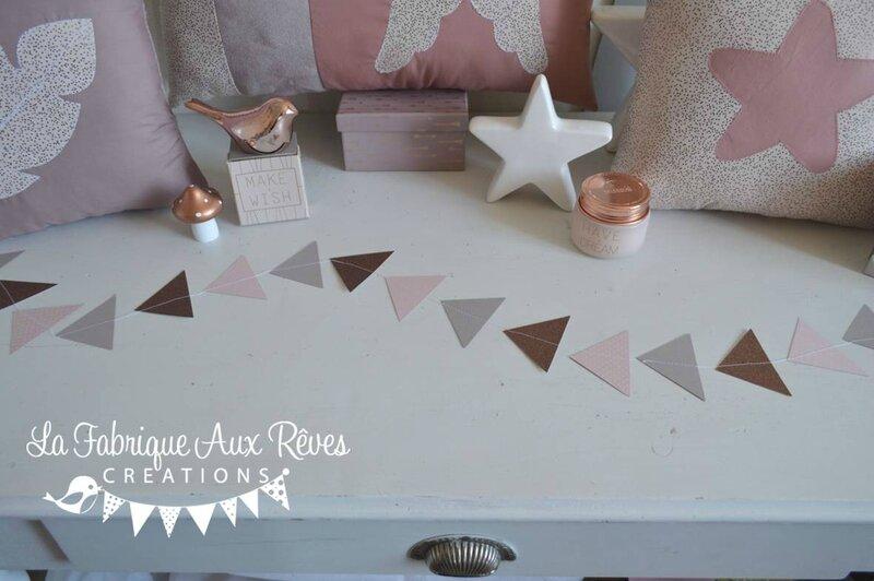 guirlande de triangle rose poudré taupe bronze cuivré paillettes - Copie