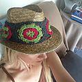 Mon chapeau customisé porté