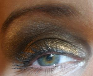 pigments_TKB_blackstar_gold_5