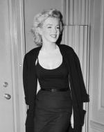 1956-06-21_pm-sutton_place-050-1a