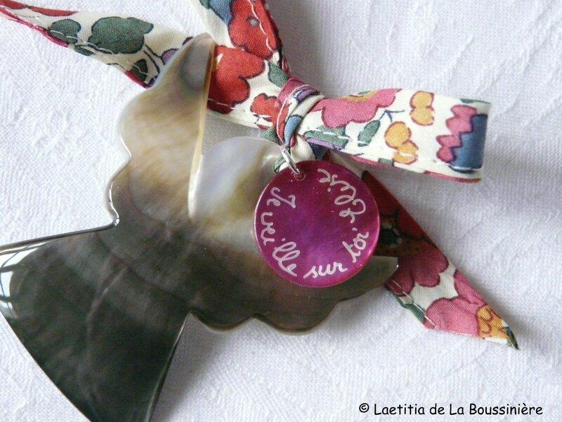 Ange de berceau (sur Liberty Betsy rose)