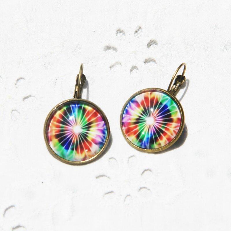 zoe 38 boucles d'oreilles dormeuses cabochon arc en ciel multicolore bijoux colorés par louise indigo (21)