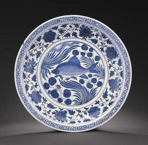 A magnificent Yuan blue and white 'fish' charger, Yuan dynasty (1279-1368)