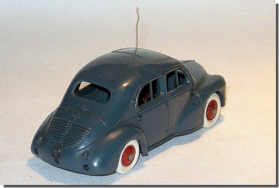 Renault 4cv Norev A 2