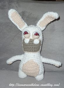 Lapin_cr_tin_crochet_00