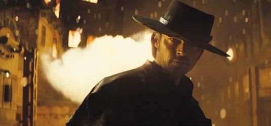 Karl_Urban_as_Black_Hat