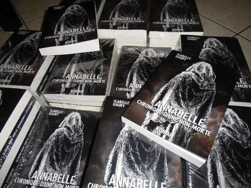 Chronique #1 : Annabelle Chronique d'une Non-morte de Isabelle Haury