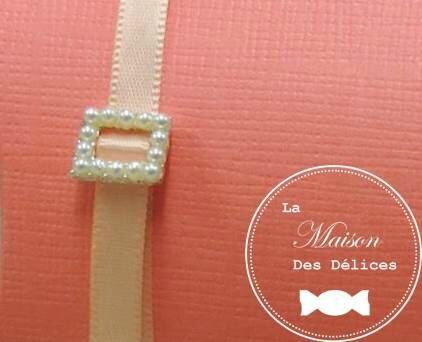 boucle perles culture boîte à dragées mariage thème corail ruban satin